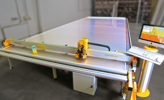 Aeronaut B2 Ultra Ultrasonic cutting table